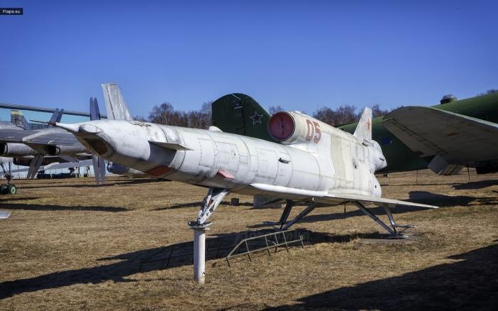 Беспилотник Ту-141 Стриж