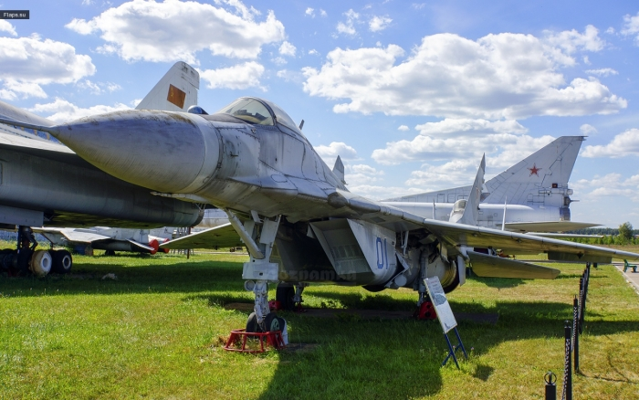 МиГ-29 - многоцелевой истребитель 4 поколения «Fulcrum
