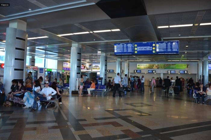 Терминал аэропорта Минеральные Воды