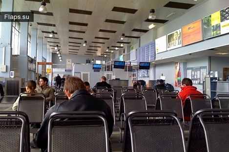 Зал ожидания аэропорта Большое Савино