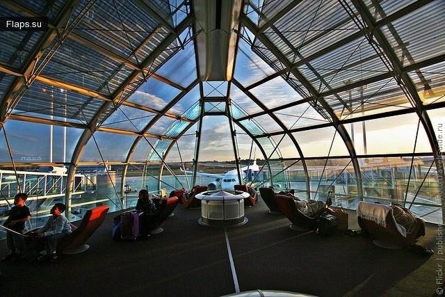 Комната отдыха международного аэропорта Шарль-де-Голль (Париж)