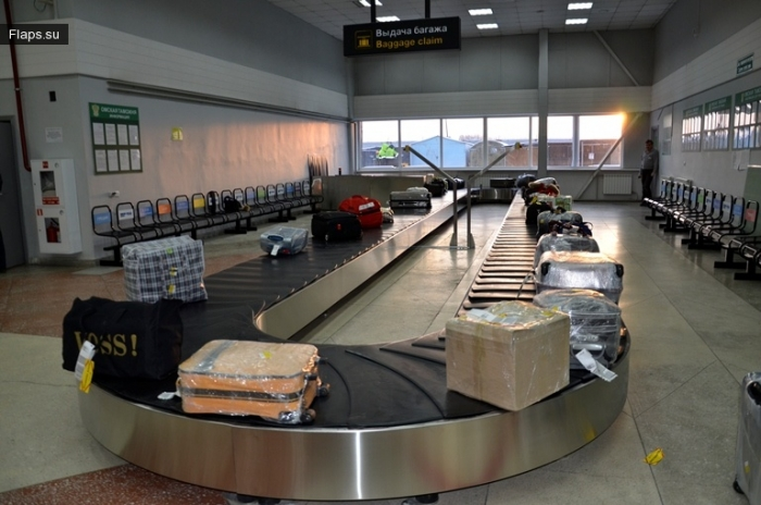 Пункт выдачи багажа в аэропорту Омск