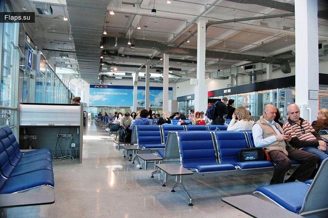 Терминал аэропорта Храброво