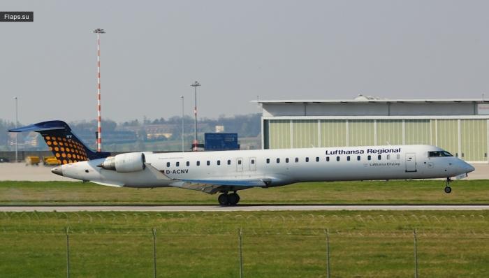 Lufthansa CityLine / Canadair CL-600-2D24 Regional Jet CRJ-900LR / D-ACNV