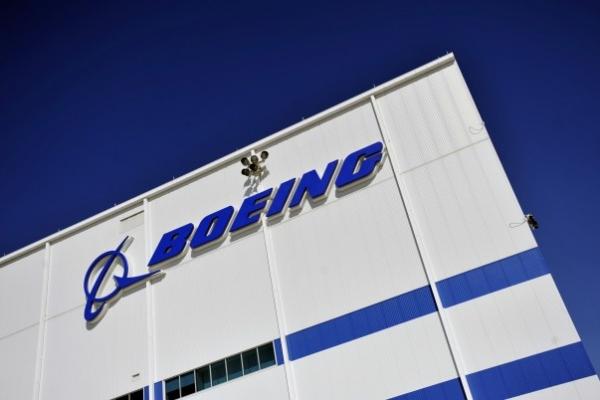 Boeing. Авиационный завод в Сент-Луисе.